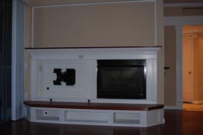 Gas Fireplace & TV Mount in Family Room